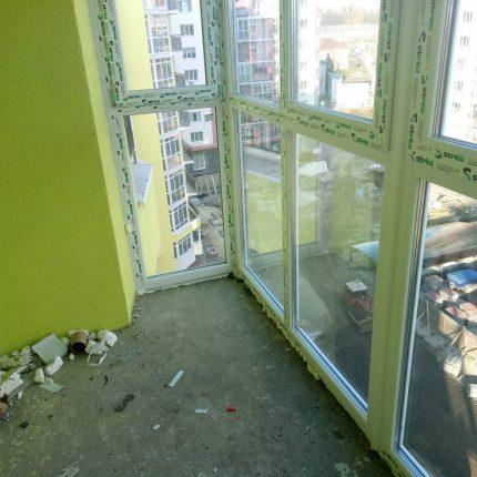 скління балкона Львів Віконна Фабрика